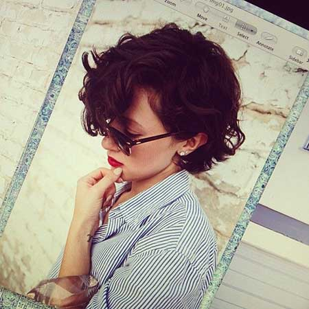 Pixie Cut with Nice Side-swept Hair
