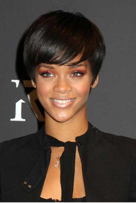 The Amazing Rihanna's Bob Cut