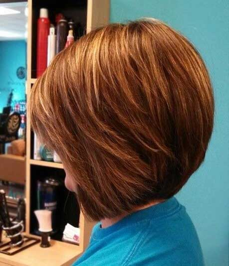 Bouncy Bob Hairdo with Short and Long Bangs