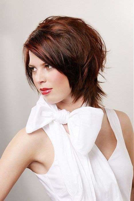Slimming Hairstyles for Short Hair