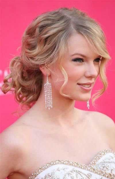 Taylor Swift Prom Hair