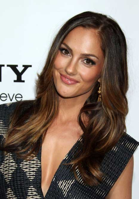 Minka Kelly Long Layered Hairstyle Without Bangs